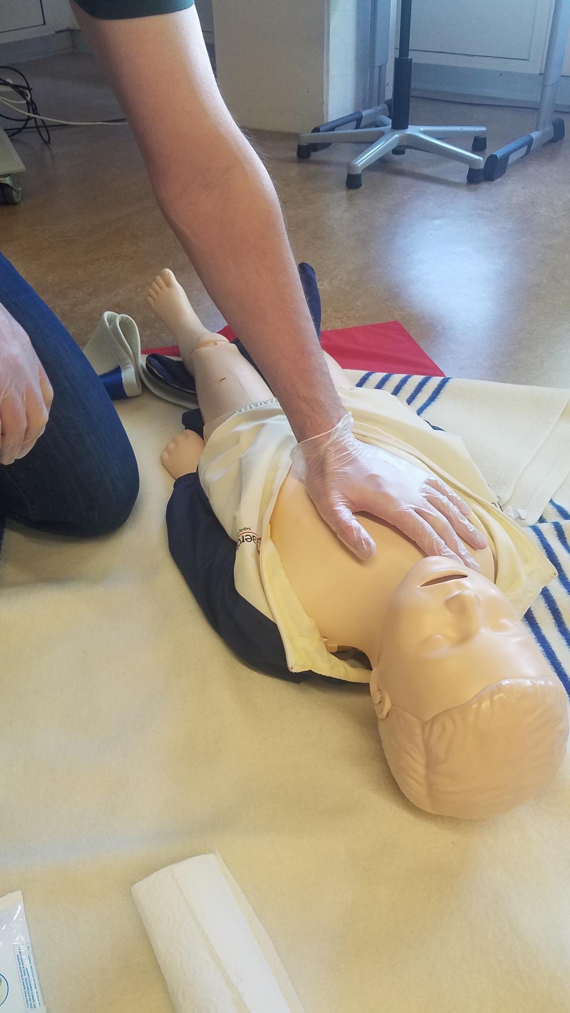 Erste-Hilfe Training für Lehrkräfte
